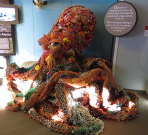 Opelia-marinedebris